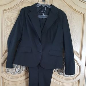 New York & Company Pant Suit